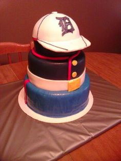 Marines/detroit tigers hat cake