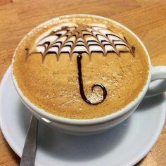 Un arte latte perfecto para una tarde lluviosa como la de hoy, no te olvides de tu paraguas!