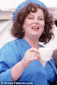 darling buds of may Best Television Series, Tv Series, Darling Buds Of May, May Weddings, Tv Shows, Actresses, Cupboard, Comedy, Nostalgia