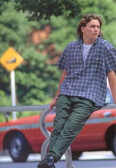 River Phoenix... Gone too soon Beautiful Boys, Pretty Boys, River Phoenix Keanu Reeves, My Own Private Idaho, River I, My Sun And Stars, Little Bit, Joaquin Phoenix, Celebrity Photos