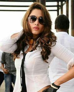 Most Stylish Nice And Elegant look for Women in 2017 Indian Bollywood Actress, Beautiful Bollywood Actress, Most Beautiful Indian Actress, South Indian Actress, Beautiful Actresses, South Actress, Hot Actresses, Indian Actresses, Tamanna Hot Images