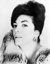 Anna Moffo -  Such Warmth and Agility paired with a whole lot of Glam!  Maybe the Marilyn Monroe of Opera???