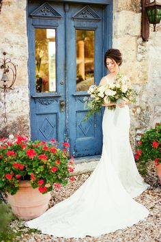 french inspired wedding venue in the texas hill country -- french wedding inspirationg -- texas wedding photographer -- destiantion wedding photographer