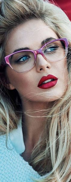 "➗Beauty Feminine. I believe I need these glasses...---Bellos ojos mas bellos si ven vien. Controlate cada año. Lee ennuestro blog "" Como descansar frente a la PC "" y otros"