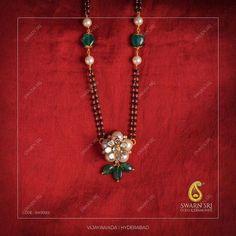 Indian Jewelry Sets, Royal Jewelry, Hand Jewelry, Beaded Jewelry, Luxury Jewelry, Gold Mangalsutra Designs, Gold Earrings Designs, Gold Jewellery Design, Necklace Designs