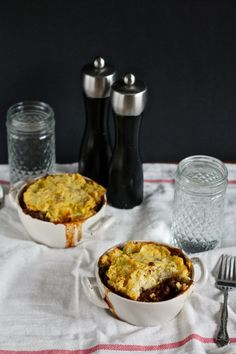 slow cooker lentil shepherd's pie // themuffinmyth.com