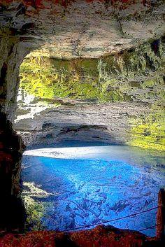 ✯ Poço Encantado Cave, Chapada Diamantina, Brazil, by Fernando Leoni via http://99traveltips.com/travel-tips/11-beautiful-caves-must-visit-die/