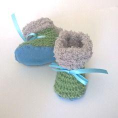Chaussons laine bébé garçon et fille 0/1 mois naissance tricotés main semelle laine polaire