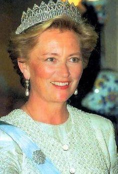 THE TIARA  H.M. Queen Paola of The Belgians, née Donna Paola Ruffo di Calabria dei Principe di Ruffo di Calabria