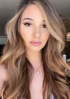 Are you looking for modern styles of long haircuts to make you look extra cute and sexy in 2020. We assure you to see here and use to wear the given fantastic long hair style for glamorous hair styles in current year. Beauty Tips For Teens, Beauty Tips For Skin, Beauty Hacks, Hair Beauty, Long Hair Cuts, Long Hair Styles, Glamorous Hair, Shades For Women, Cute Girls Hairstyles