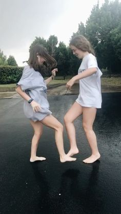 New Dancing Photography Friends Bff 43 Ideas Bff Pics, Photos Bff, Bff Pictures, Best Friend Pictures, Friend Photos, Cute Photos, Best Friend Fotos, Friend Goals, Best Friends Forever