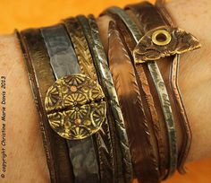 Chocolate Brown bangle stack .... smashed knitting needle BRACELETS and vintage metal bangles - MEDIUM size in Gunmetal Blue/Gray and Bronze