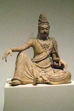 Bodhisattva Avalokiteśvara  Liao dynasty (907-1125), 10th-11th century  NYC Metropolitan Museum of Art