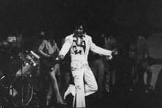 """January 1973 - Elvis """"Aloha, From Hawaii"""" b/w"""