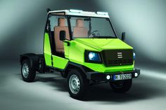 Small Trucks, Old Trucks, Tractor Room, Small Motorcycles, Microcar, Car Colors, Transporter, Bus, Cabin Design