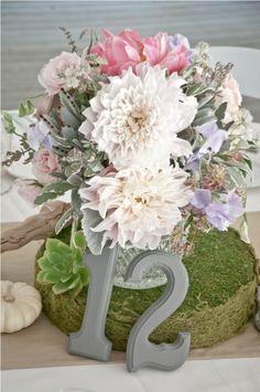 Google Image Result for http://ruffledmedia.ruffled.netdna-cdn.com/vintage-wedding-blog/michelle-evans-calamigos-ranch-wedding-by-lvl-events-aaron-young/LVL%2520%26%2520Aaron%2520Young%2520wedding%2520(58).jpg