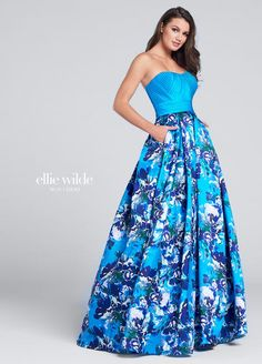 Ellie Wilde by Mon Cheri Strapless exclusive print Mikado A-line gown with soft sweetheart neckline, directionally pleated solid Mikado bodice, box pleated skirt wi Floral Prom Dresses, Designer Prom Dresses, Homecoming Dresses, Pretty Dresses, Strapless Dress Formal, Beautiful Dresses, Formal Dresses, Graduation Dresses, Long Dresses