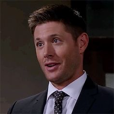 """(gif) Dean Winchester and that wink . Supernatural """"Plush"""" ლ(♥ʚ♥ლ) Jensen Ackles Supernatural, Winchester Supernatural, Sam And Dean Winchester, Winchester Brothers, Supernatural Fandom, Supernatural Pictures, Sam Dean, The Bad Seed, Bae"""