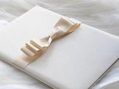 marriage certificate  サテンリボンの結婚誓約書 http://www.vingtquatre.com