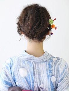 Japanese Kimono, Brooch, Hair Styles, Kawaii, Fashion, Hair Plait Styles, Moda, Fashion Styles, Brooches