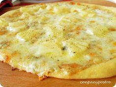 Con pan y postre: Pizza de piña y gorgonzola