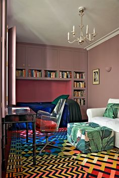 grape juice with milk, Bedroom in London home of jewelery designer Solange Azagury-Partridge