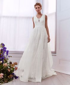 TIE THE KNOT: Take the plunge with MICKIY. Ted's exquisitely elegant tulle maxi dress was made for making a big impression on your special day, and comes embroidered all over with tonal patterns and spliced with a removable lace trim at the bust High Street Wedding Dresses, Wedding Dresses 2018, Bridal Dresses, Bridal Gown, Dress Wedding, Ted Baker, Tie The Knot Wedding, Vintage Bridal, Wedding Hair Pieces