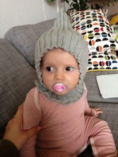 Ellie Ba Delli: Strikket elefanthue til baby Baby Boy Knitting, Crochet Baby Hats, Knitting For Kids, Knitting For Beginners, Baby Sewing, Baby Tie, Diy Baby, Crochet Poncho Patterns, Baby Knitting Patterns