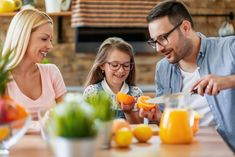 Veľký prehľad vitamínov: Kde ich nájdete a čo vám bez nich hrozí?   Preventívne.sk Cantaloupe, Fruit, Health, Food, Health Care, Essen, Meals, Yemek, Eten