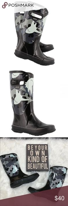 5c721495b4d 💦NWOT BOGS Rain Boot Sharks ▫️New. Box not included. ▫ Size