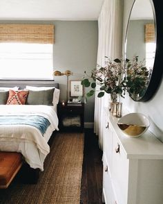 Comfy Eclectic Master Bedroom Decor Ideas and Remodel - Home Professional Decoration Dream Bedroom, Home Bedroom, Master Bedrooms, 1980s Bedroom, Calm Bedroom, Bedroom Kids, Guest Bedrooms, Bedroom Wall, Bed Room