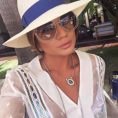 "6558c7d705ef9 Thássia Naves no Instagram  ""Pool time! ☀  ThassiaEmIbiza   ThassiaEuroSummer  BTviaja  selfie"""