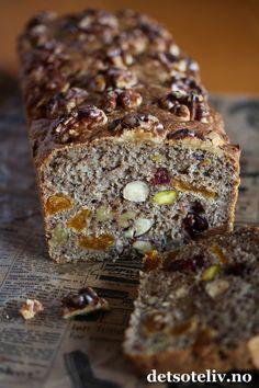 Nøttebrød med tørket frukt | Det søte liv