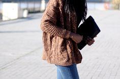 Retrouvez le Cardigan de TheDailyWoman sur DefShop : https://www.def-shop.fr/vila-vifuana-open-knit-cardigan-oak-brown.html?smm=fr.pinterest.post