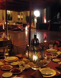 Dining dancing and lounging all T once! Great way to party Arabian Theme, Arabian Food, Arabian Nights Party, Moroccan Party, Anniversary Parties, Arabesque, Party Themes, Table Settings, Dining Rooms