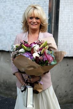 Loose Women presenter and birthday girl Sherrie Hewson outside The London Studios today. Everyday Hairstyles, Girl Birthday, The Outsiders, Studios, London, Lady, Hair Styles, People, Pictures