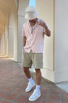 Summer Outfits Men, Stylish Mens Outfits, Mens Casual Summer Fashion, Trendy Outfits For Guys, Men's Beach Outfits, Men Summer Style, Trendy Mens Fashion, Summer Men, Dope Outfits