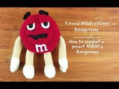 Tutorial M&M's Amigurumi Rosso | How to crochet a penaut M&M's - Red - YouTube