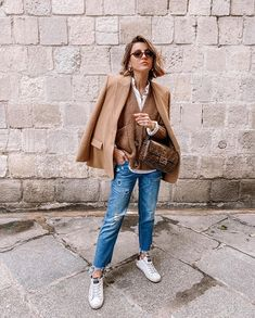 Cute Winter Outfits, Simple Outfits, Casual Outfits, Fashion Outfits, Cardigan Marron, Pull Gris, Beige Outfit, Jersey Outfit, Outfit Trends