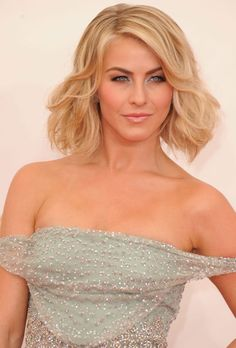 Celebrity Haircut Idea for Wavy Hair: Julianne Hough embraces her waves, whether it's taming them into a molded vintage look or adding a little volume on the red carpet. The lob haircut here brings out the waves and makes them a little bouncier and gives it a modern, young look. Tip: Add a salt spray for daytime bedhead.