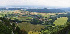 Wandern in NÖ: 8 Tipps für Wanderungen in Niederösterreich - HEROLD.at Golf Courses, Outdoor, Travel Inspiration, Hiking, Viajes, Tips, Outdoors, Outdoor Living, Garden