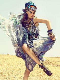 """Desert Dance"" | Model: Caroline Trentini, Photographers: Zee Nunes & André Katopodis, Elle Brazil, November 2010"
