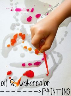 Oil and watercolor painting - art and science in one! Such a simple prep project for kids.