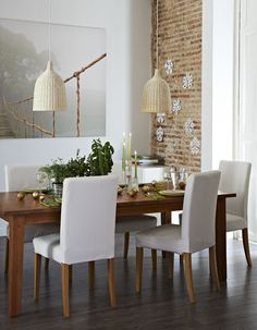 Like how this room was put together.Love the lights.. thinking of getting these for above dinning, & always liked the picture - IKEA