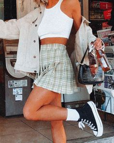 Indie Outfits, Teen Fashion Outfits, Retro Outfits, Girly Outfits, Cute Casual Outfits, Look Fashion, Outfits For Teens, Stylish Outfits, 2000s Fashion