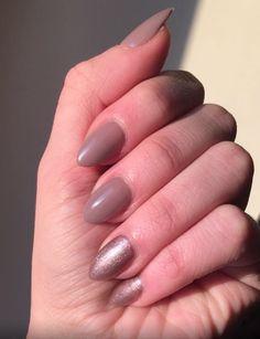 November Nails #acrylicnails #brownbeige