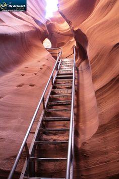 How beautiful our #earth is !! . Antelope Canyon, #Arizona #USA