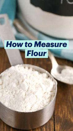 Baking Powder Uses, Baking Soda Uses, Baking Basics, Baking Tips, Baking Hacks, What Is Baking Soda, Vicks Vaporub Uses, Baking Soda Shampoo, Cake Decorating Techniques
