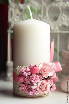 Купить или заказать Свечи 'Семейный очаг' розовая гамма в интернет-магазине на Ярмарке Мастеров. Набор свечей для свадебного Семейного Очага. Украшение из цветов, жемчужных бусинок, сахарных ягод и тычинок, украшение на цветном атласе (любого цвета) либо на тонком льняном кружеве - на выбор. Изготовление украшение возможно в любой гамме цветов (сочетания из двух-трех цветов). Большая свеча 1500 р. (высота 10-12-14 см, диаметр 6-8 см) Две тонкие свечи по 400 р каждая.…