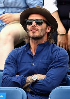 David Beckham Photos Photos - David Beckham watches on during the mens singles second round match between Jordan Thompson of Australia and Sam Querry of The United States  on day four of the 2017 Aegon Championships at Queens Club on June 22, 2017 in London, England. - Aegon Championships - Day Four
